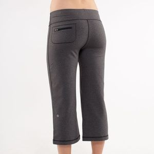 🔥SALE Lululemon Relaxed Fit Crop II Yoga pant